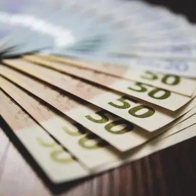 Hk loan loanamount