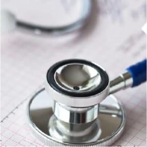 支付住院前後由診斷以至治療後的監測費用。