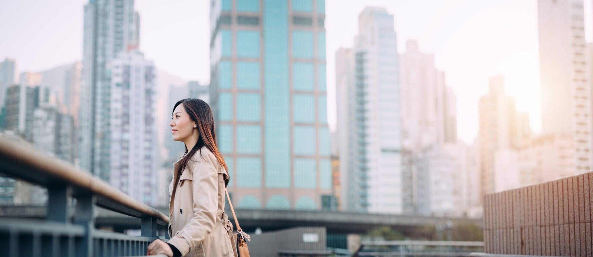 移居香港工作?