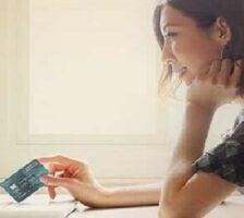 Standard Chartered EliteFly Debit Card